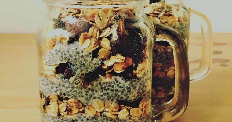 Domowa granola – śniadanie w słoiku!