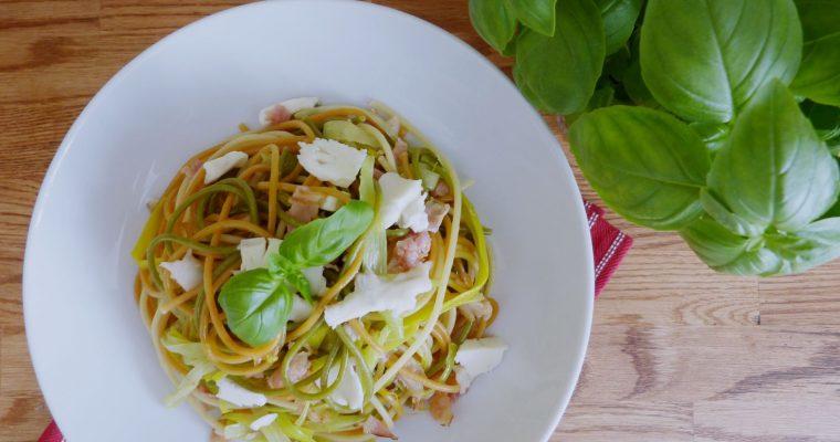 Spaghetti z porem i gorgonzolą